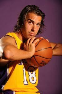 Остальные виды спорта: Давно ли вы болеете за Los Angeles Lakers  С чего оно началось для вас