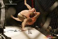 Остальные виды спорта: Зачем бойцы мма в своих тренеровках крутят канаты