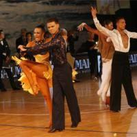 Современные танцы: Новогодний праздник      12декабря
