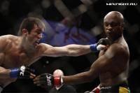 Единоборства: Чел Соннен  В боксерском матче с Андерсоном Силвой я бы его выбил за канаты