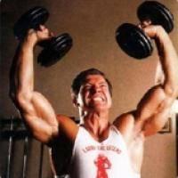Фитнес и бодибилдинг: Как раскачать спину и плечи