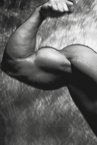 Фитнес и бодибилдинг: Занимается ли кто нибудь гиревым спортом