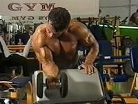 Фитнес и бодибилдинг: система Джо Вейдера
