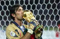 Новости футбола: Лучший нападающий сезона 20102011